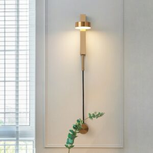 Brass Wall Light – Dimmable & Rotating